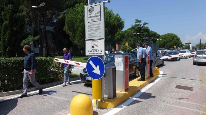 parcheggio ospedale Versilia